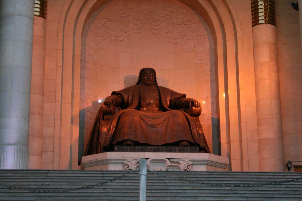 Их эзэн Чингис хааны эзэмшсэн менежментийн 15 чадварууд